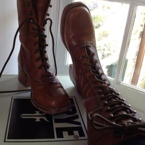 Frye lace up  tan leather boots
